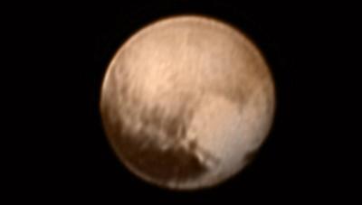 NASA의 탐사선 뉴호라이즌호가 800만km까지 근접해 촬영한 명왕성의 모습. - NASA 제공